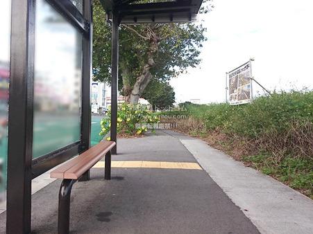 busstop20210411.jpg